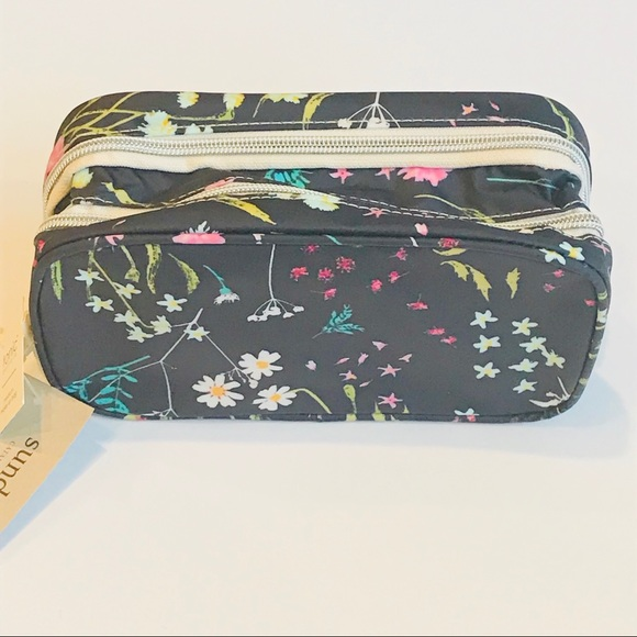 75e0f7f5cfb7 Sundance Catalog Medium Blue Floral Cosmetic Bag